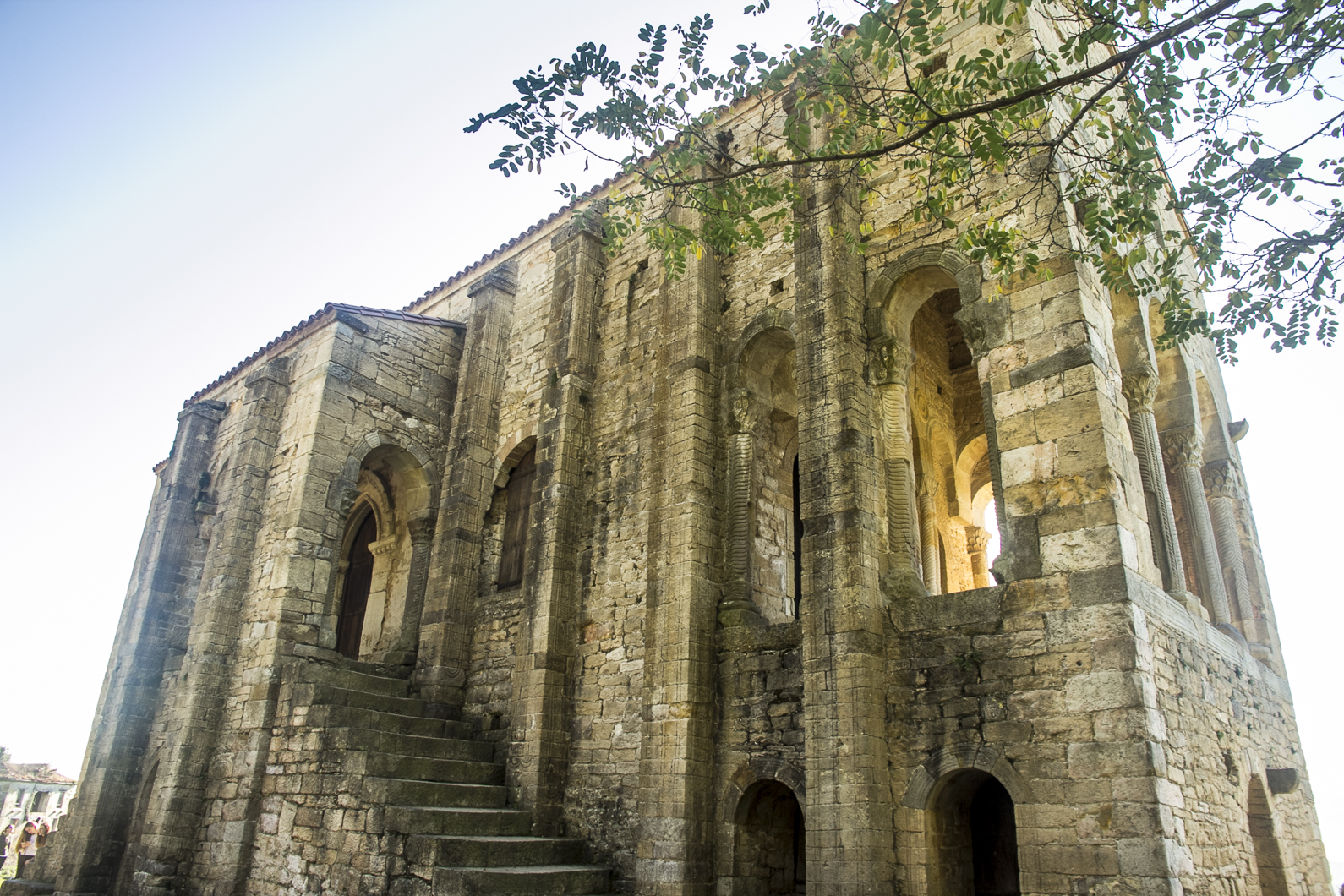 Oviedo16-105